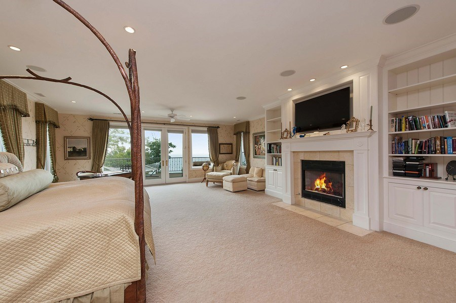 Real Estate Photography - 1215 Whitebridge Hill Ln, Winnetka, IL, 60093 - Master Bedroom