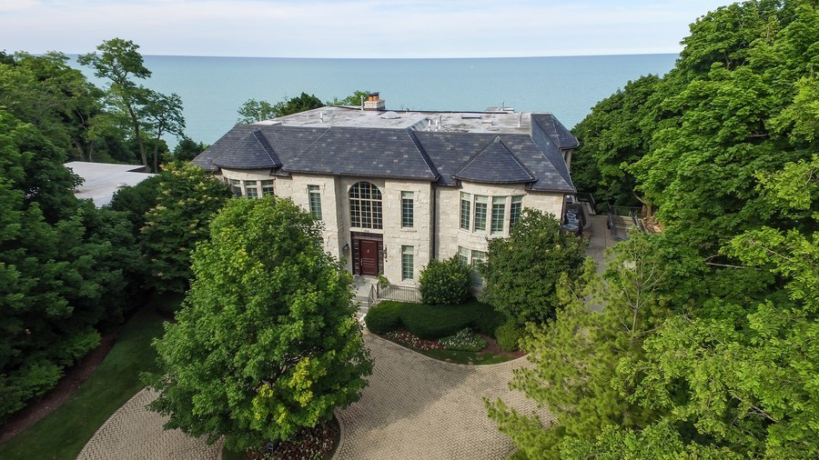 Real Estate Photography - 1215 Whitebridge Hill Ln, Winnetka, IL, 60093 - Aerial View