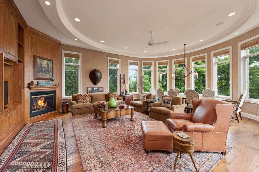 Real Estate Photography - 1215 Whitebridge Hill Ln, Winnetka, IL, 60093 - Family Room