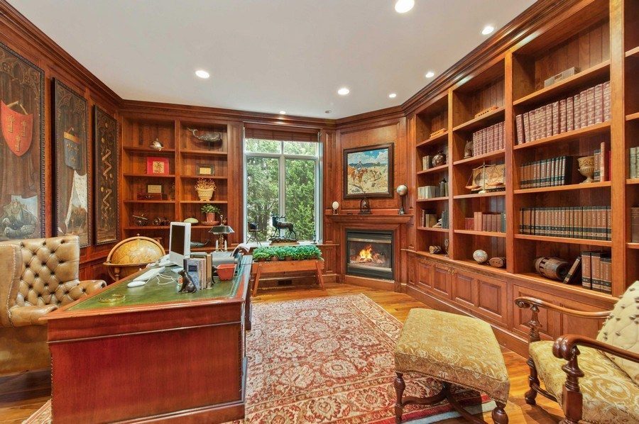 Real Estate Photography - 1215 Whitebridge Hill Ln, Winnetka, IL, 60093 - Library