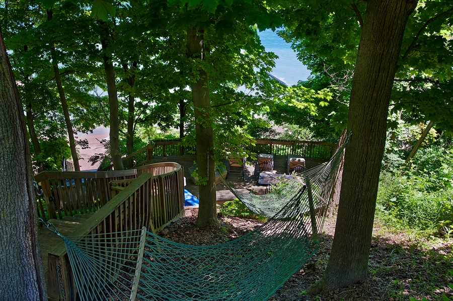 Real Estate Photography - 1215 Whitebridge Hill Ln, Winnetka, IL, 60093 - Deck