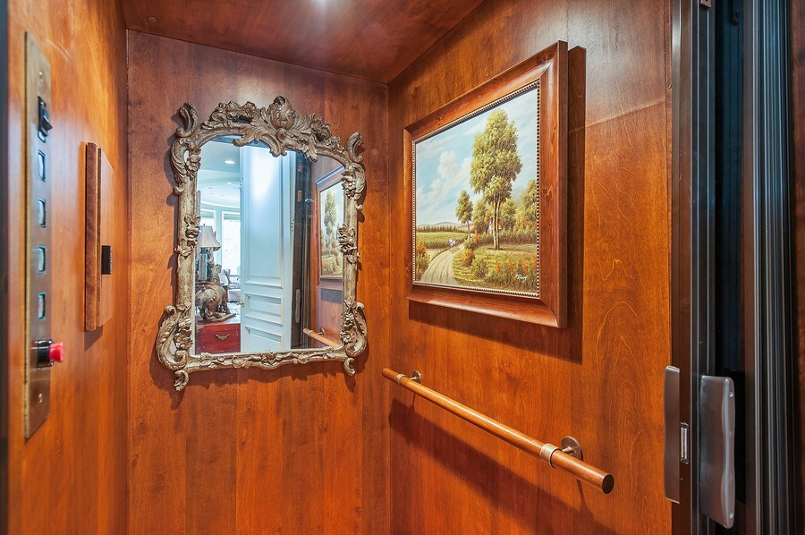 Real Estate Photography - 1215 Whitebridge Hill Ln, Winnetka, IL, 60093 - Elevator