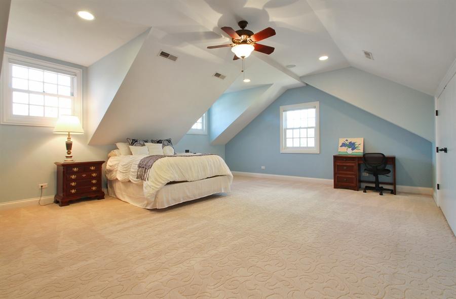 Real Estate Photography - 930 N. Glenayre Dr., Glenview, IL, 60025 - Bedroom
