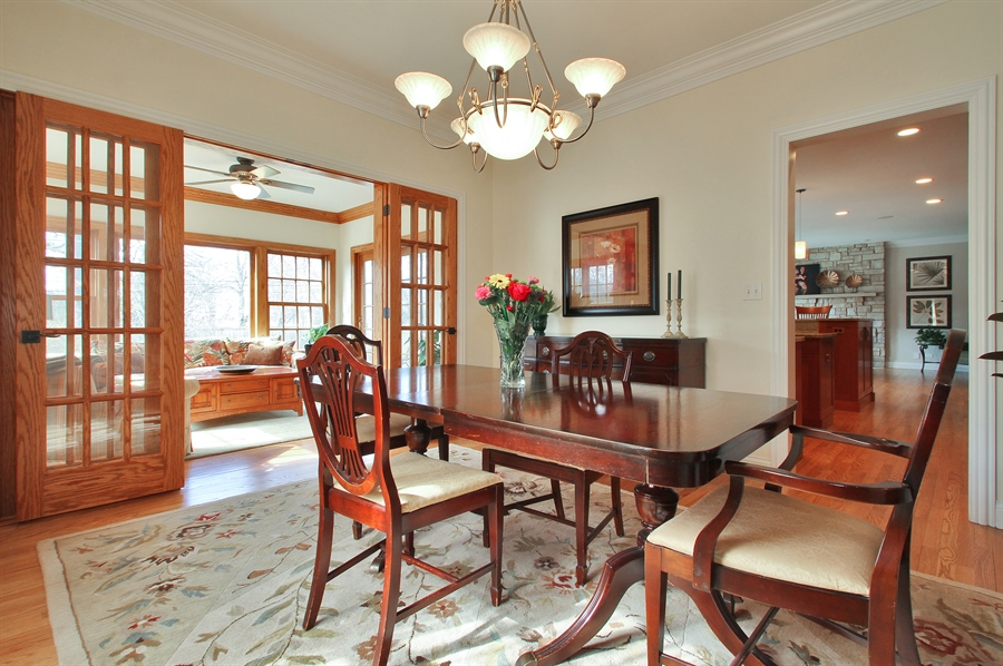 Real Estate Photography - 930 N. Glenayre Dr., Glenview, IL, 60025 - Dining Room