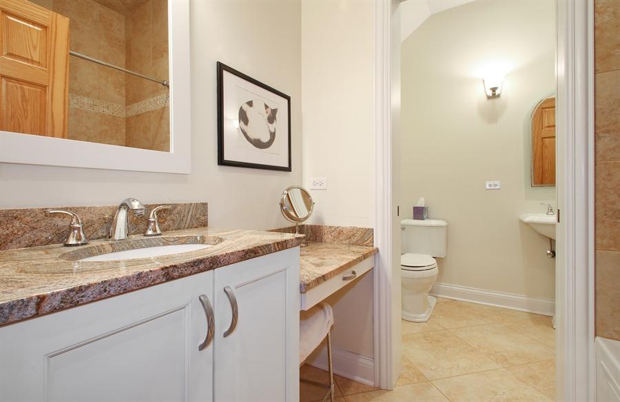 Real Estate Photography - 930 N. Glenayre Dr., Glenview, IL, 60025 - Bathroom