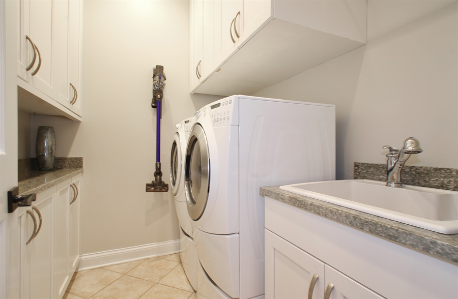 Real Estate Photography - 930 N. Glenayre Dr., Glenview, IL, 60025 - Laundry Room