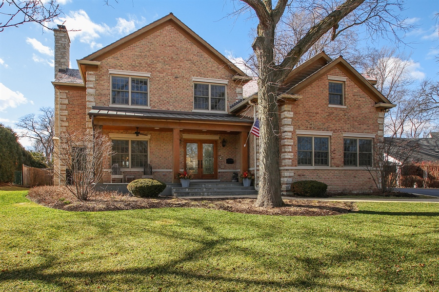 Real Estate Photography - 930 N. Glenayre Dr., Glenview, IL, 60025 - Front View