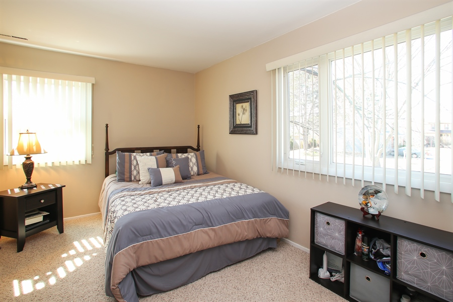 Real Estate Photography - 1938 Vermont, Rolling Meadows, IL, 60008 - Bedroom