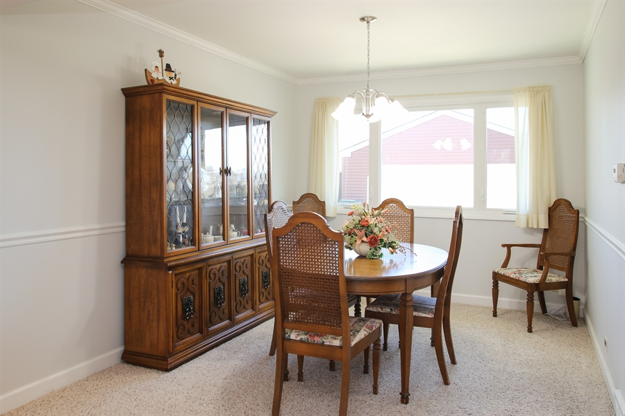 Real Estate Photography - 1938 Vermont, Rolling Meadows, IL, 60008 - Dining Room