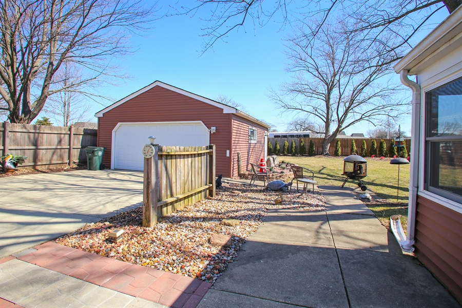 Real Estate Photography - 1938 Vermont, Rolling Meadows, IL, 60008 - Back Yard