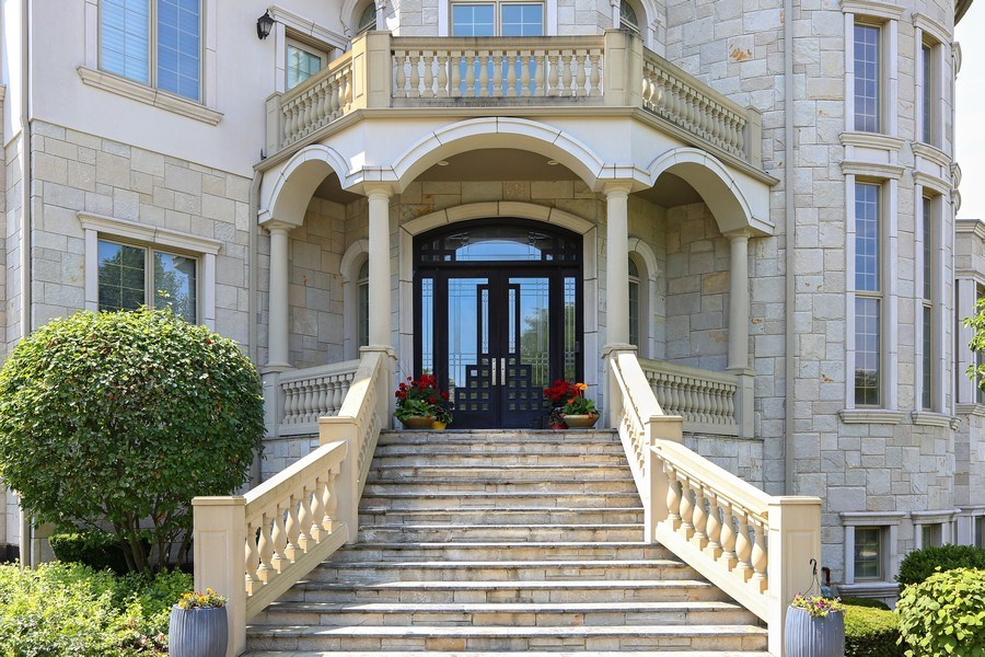 Real Estate Photography - 1512 MIDWEST CLUB, OAK BROOK, IL, 60523 - Front View