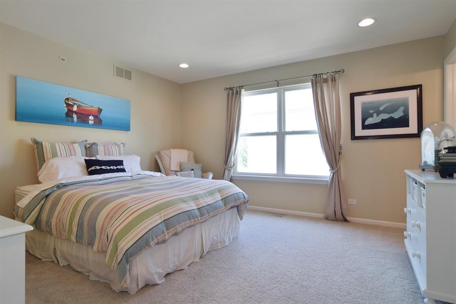 Real Estate Photography - 5485 Nicholson Dr., Hoffman Estates, IL, 60192 - Guest Bedroom