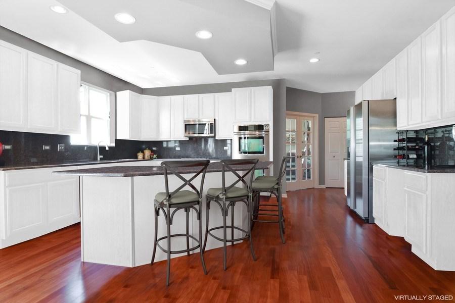 Real Estate Photography - 5485 Nicholson Dr., Hoffman Estates, IL, 60192 - Kitchen