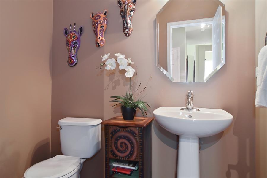 Real Estate Photography - 5485 Nicholson Dr., Hoffman Estates, IL, 60192 - Half Bath