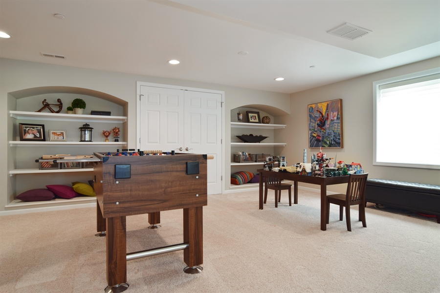 Real Estate Photography - 5485 Nicholson Dr., Hoffman Estates, IL, 60192 - Play / Recreational Room