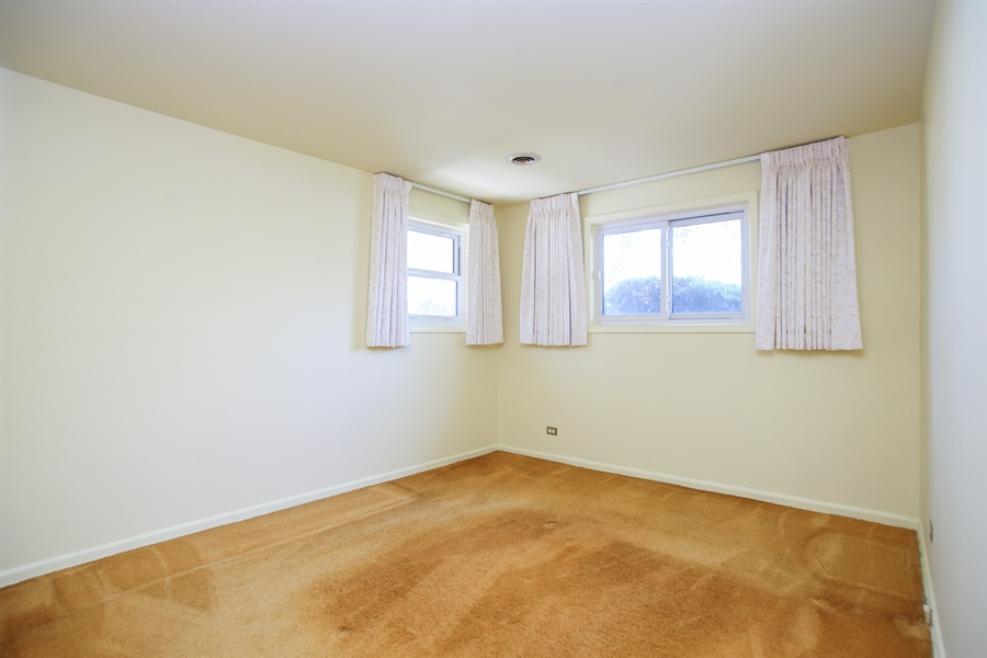 Real Estate Photography - 659 E Thacker Street, Des Plaines, IL, 60016 - 2nd Bedroom