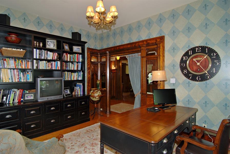 Real Estate Photography - 422 Forest Avenue, Oak Park, IL, 60302 - Location 2