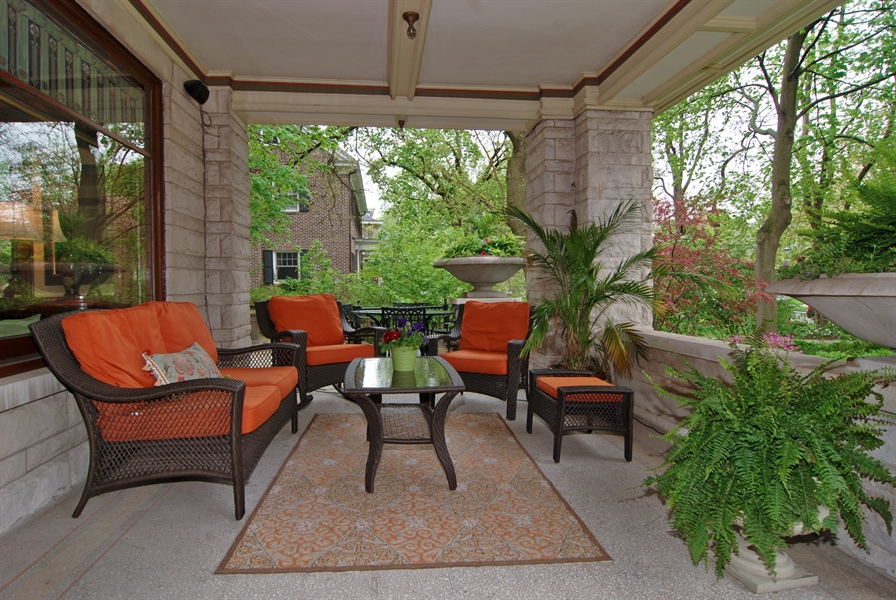 Real Estate Photography - 422 Forest Avenue, Oak Park, IL, 60302 - Front Porch Seating Area