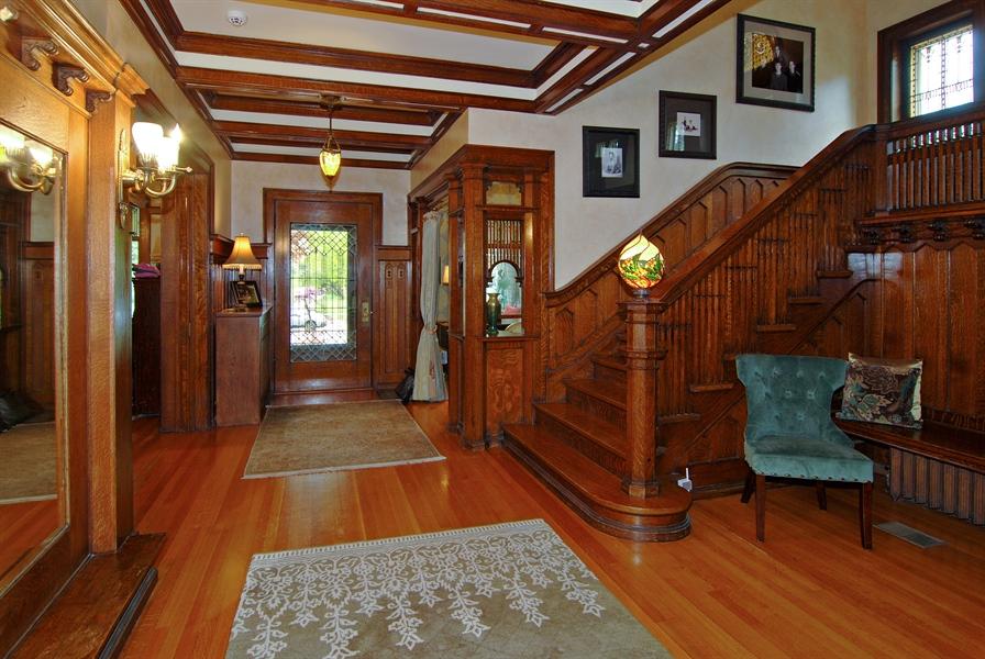 Real Estate Photography - 422 Forest Avenue, Oak Park, IL, 60302 - Foyer