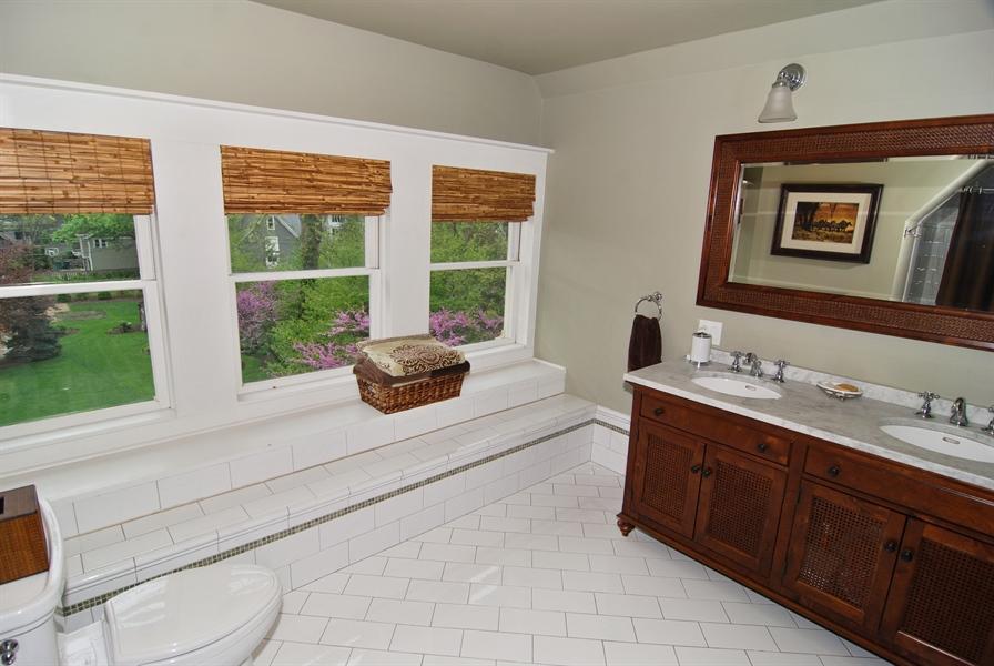 Real Estate Photography - 422 Forest Avenue, Oak Park, IL, 60302 - Third Floor Bathroom