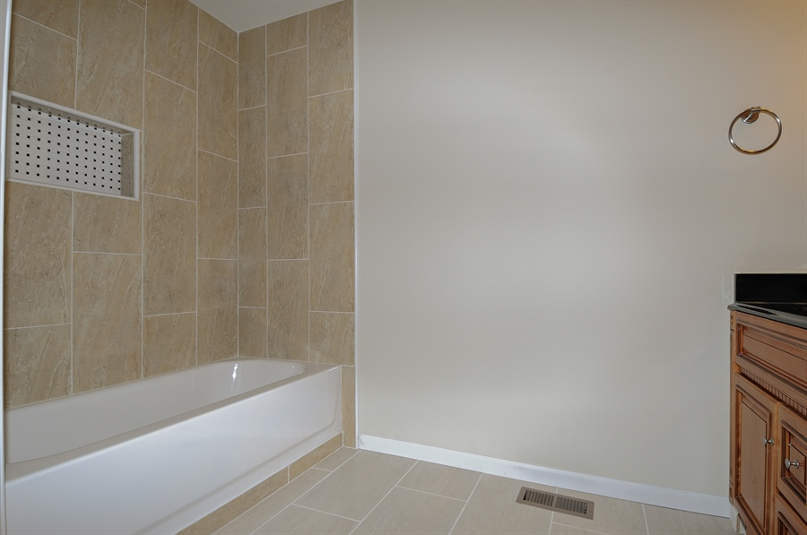 Real Estate Photography - 6147 Southridge Dr, Plainfield, IL, 60586 - Master Bathroom