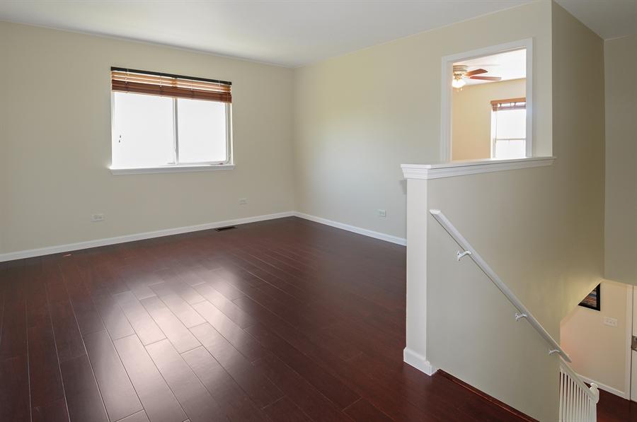 Real Estate Photography - 6147 Southridge Dr, Plainfield, IL, 60586 - Loft