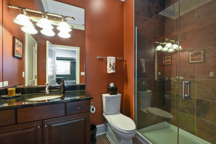 Real Estate Photography - 38 Wescott Dr, South Barrington, IL, 60010 - 5th Bathroom
