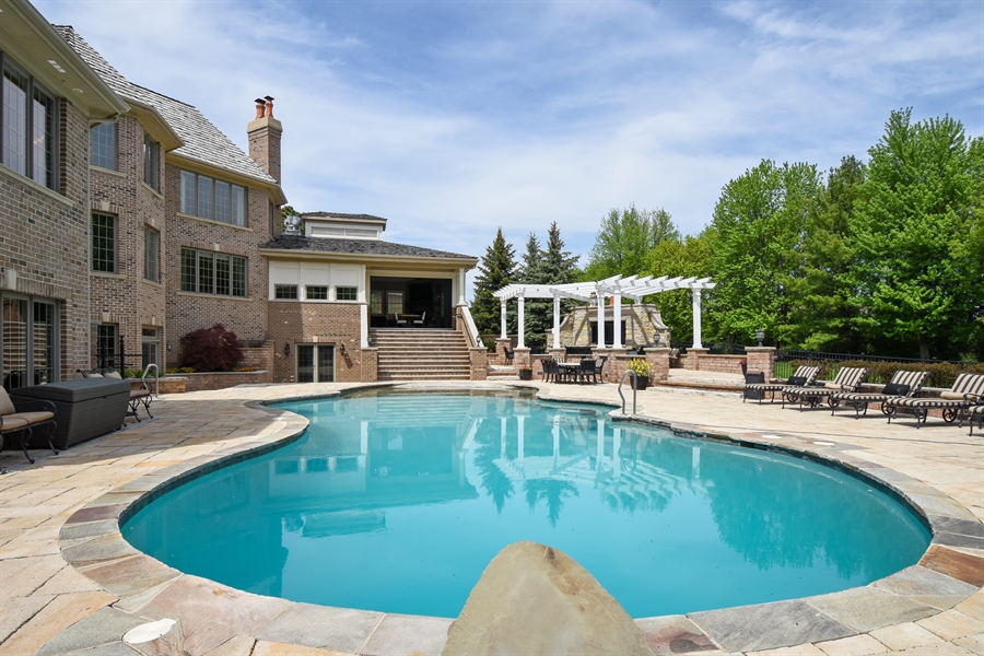 Real Estate Photography - 38 Wescott Dr, South Barrington, IL, 60010 - Pool