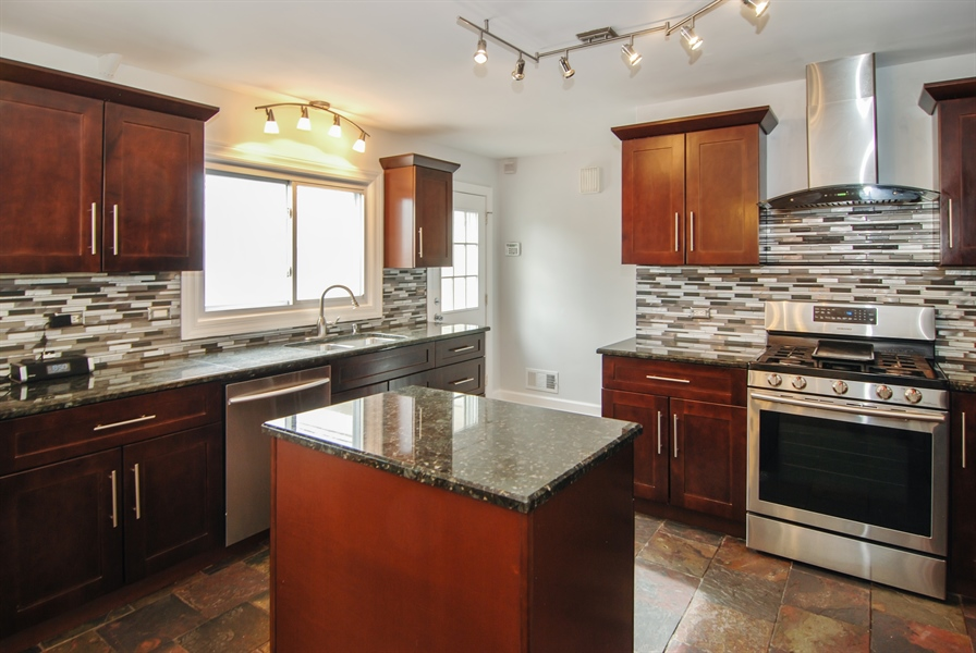 Real Estate Photography - 2401 Martindale, Westchester, IL, 60154 - Kitchen