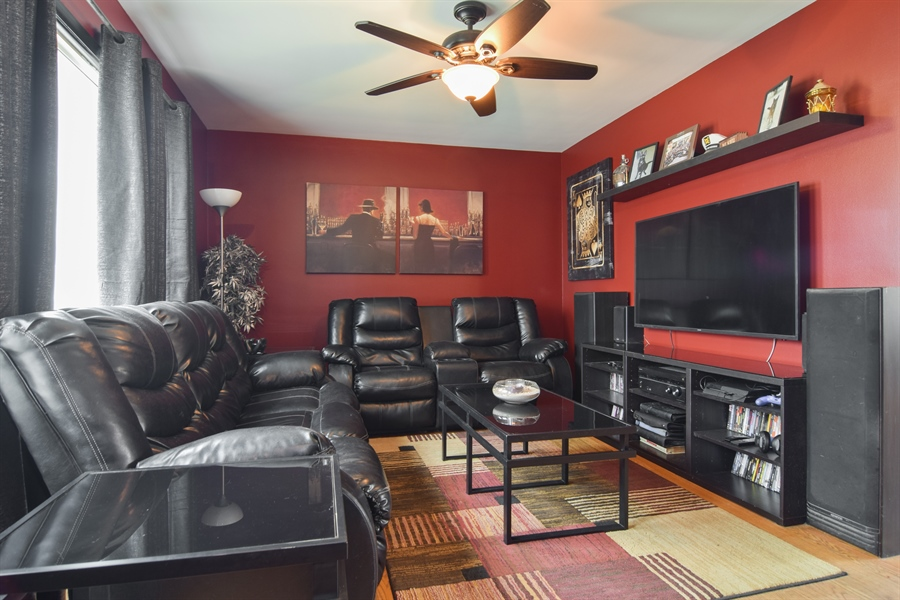 Real Estate Photography - 1636 Boeger Ave, Westchester, IL, 60154 - Living Room