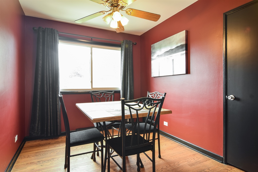 Real Estate Photography - 1636 Boeger Ave, Westchester, IL, 60154 - Dining Room