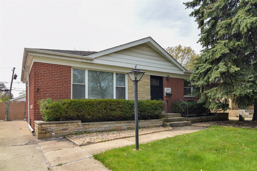 Real Estate Photography - 1636 Boeger Ave, Westchester, IL, 60154 - Front View