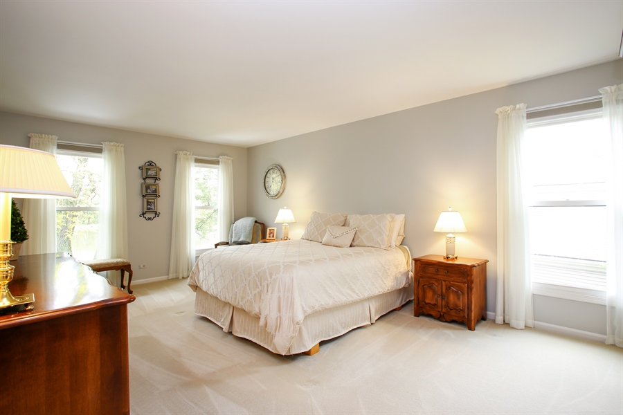 Real Estate Photography - 2808 Mill Creek Ln., Rolling Meadows, IL, 60008 - Master Bedroom