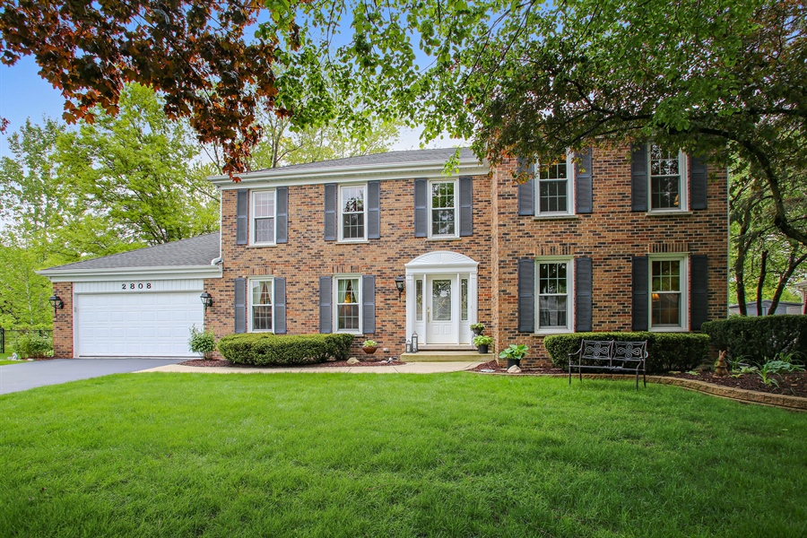 Real Estate Photography - 2808 Mill Creek Ln., Rolling Meadows, IL, 60008 - Front View