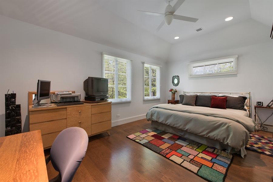 Real Estate Photography - 136 Beach, Glencoe, IL, 60022 - 3rd Bedroom