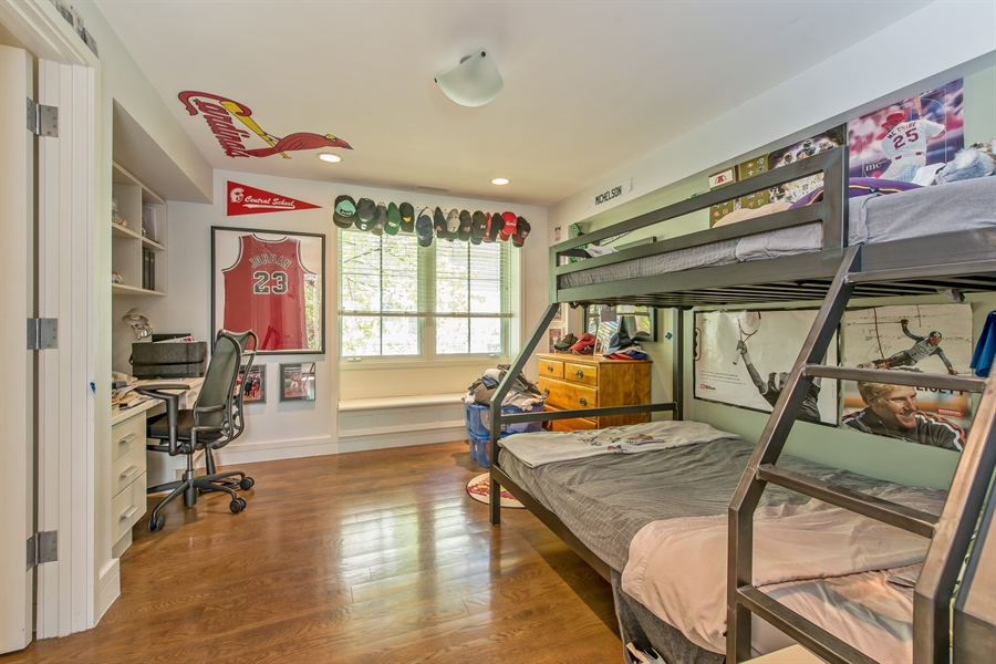 Real Estate Photography - 136 Beach, Glencoe, IL, 60022 - 5th Bedroom