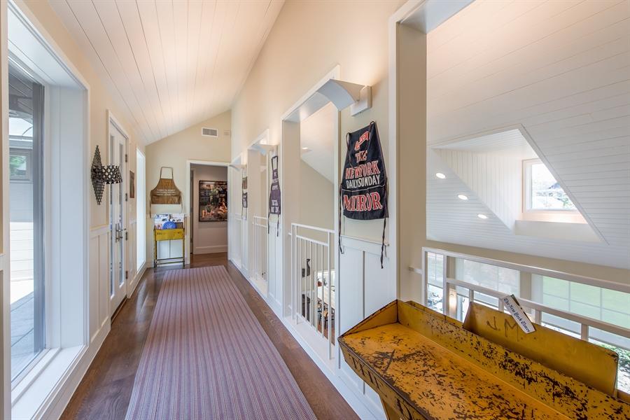 Real Estate Photography - 136 Beach, Glencoe, IL, 60022 - 2nd Floor Corridor