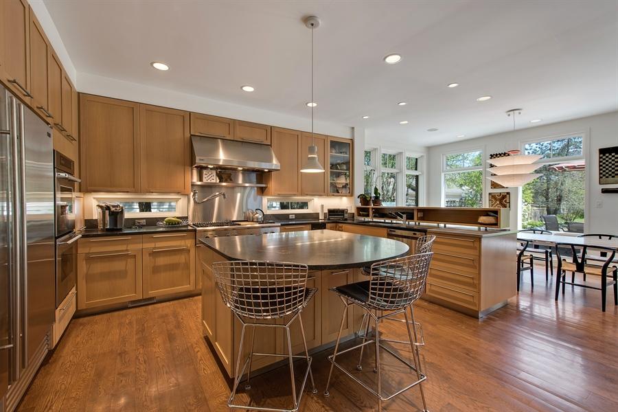 Real Estate Photography - 136 Beach, Glencoe, IL, 60022 - Kitchen / Breakfast Room
