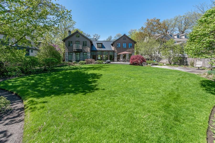 Real Estate Photography - 136 Beach, Glencoe, IL, 60022 - Back Yard