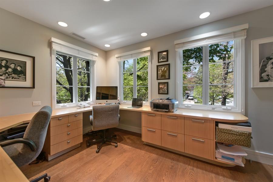 Real Estate Photography - 136 Beach, Glencoe, IL, 60022 - Office