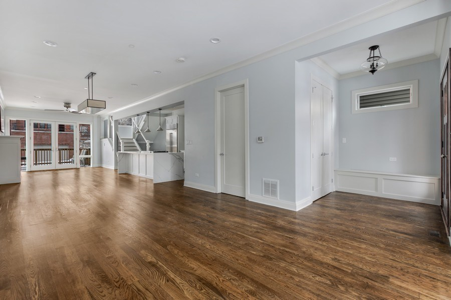 Real Estate Photography - 2662 N Marshfield Ave, Chicago, IL, 60614 - Living Room