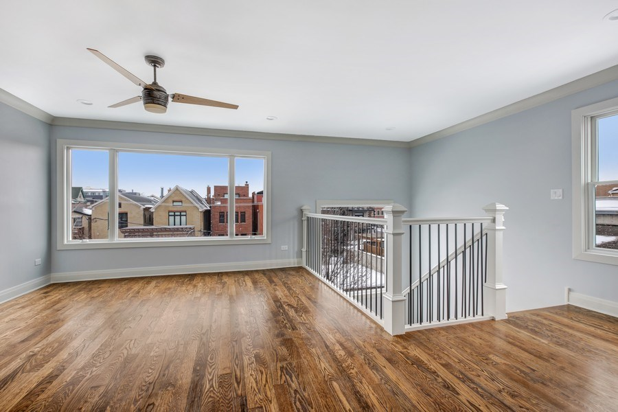 Real Estate Photography - 2662 N Marshfield Ave, Chicago, IL, 60614 - Great Room