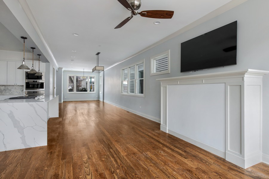Real Estate Photography - 2662 N Marshfield Ave, Chicago, IL, 60614 - Family Room