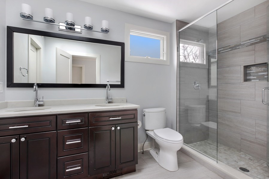 Real Estate Photography - 2662 N Marshfield Ave, Chicago, IL, 60614 - 3rd Bathroom
