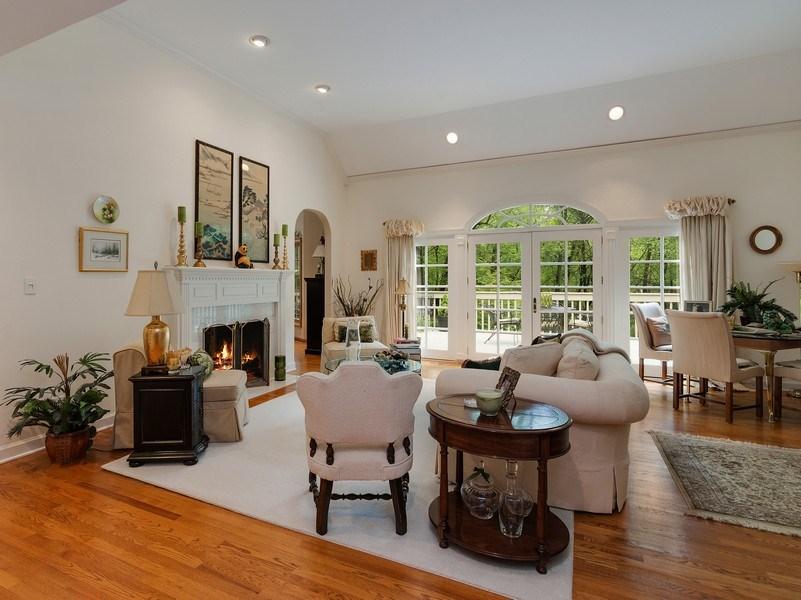 Real Estate Photography - 1 Burning Oak Trail, Barrington Hills, IL, 60010 - Formal living room