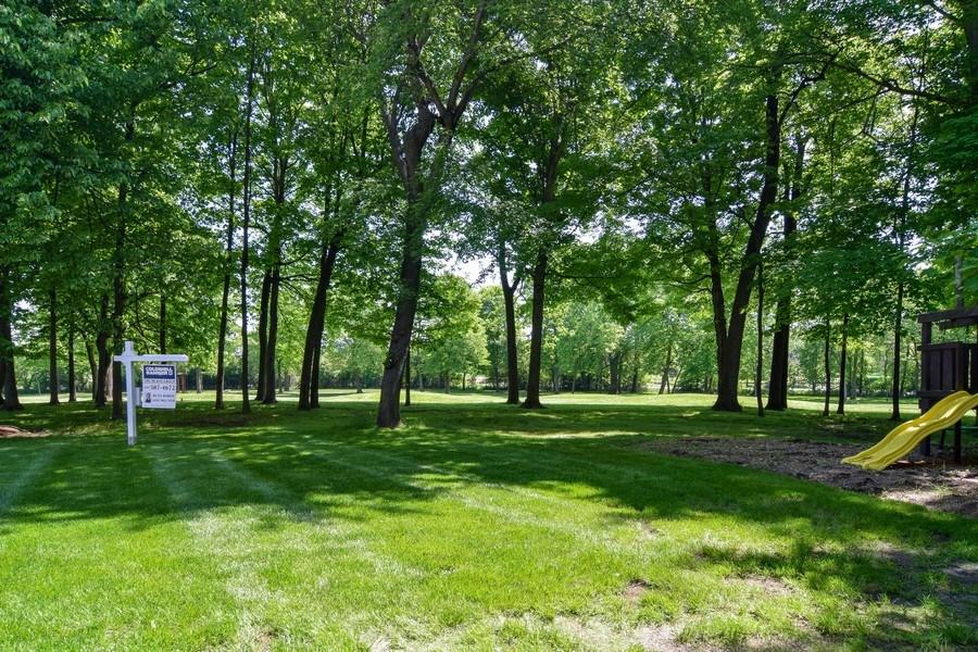 Real Estate Photography - 2702 Royal Fox Dr, Saint Charles, IL, 60174 - Back Yard