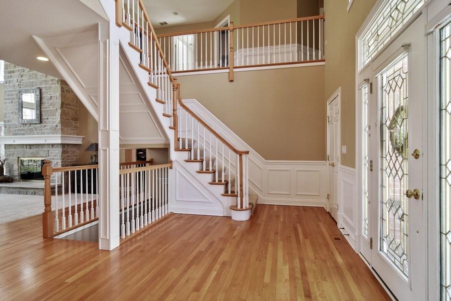 Real Estate Photography - 2702 Royal Fox Dr, Saint Charles, IL, 60174 - Foyer