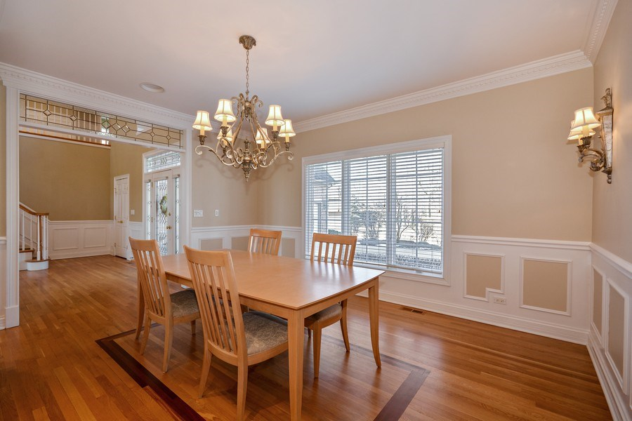 Real Estate Photography - 2702 Royal Fox Dr, Saint Charles, IL, 60174 - Dining Area