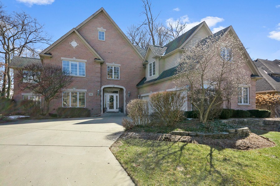 Real Estate Photography - 2702 Royal Fox Dr, Saint Charles, IL, 60174 - Front View