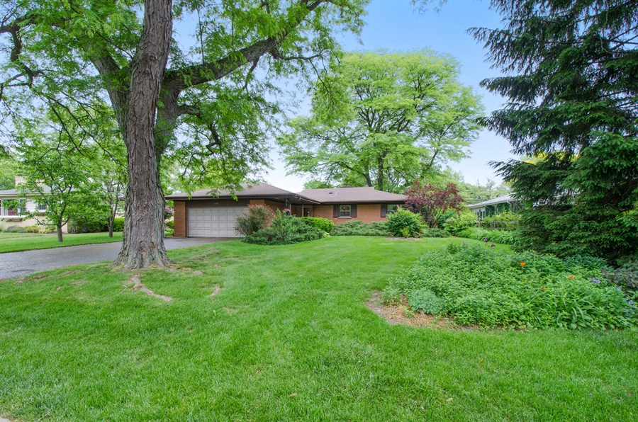 Real Estate Photography - 1509 Evergreen, Glenview, IL, 60025 - Front View
